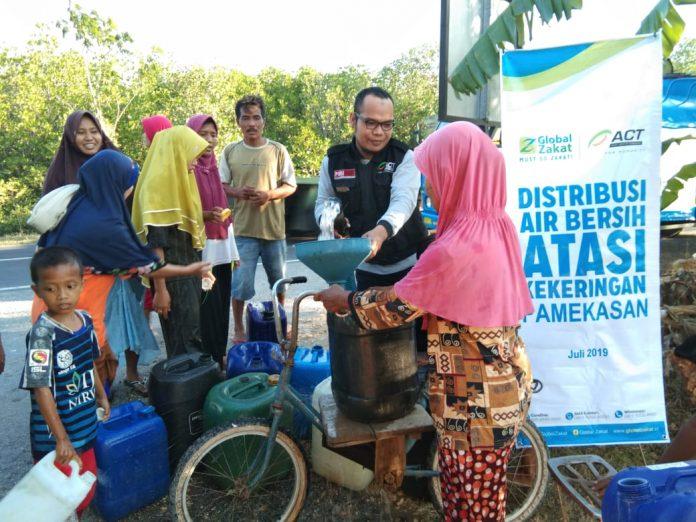 Air Bersih untuk Kekeringan di Pamekasan