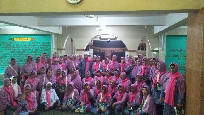 Dengan Suasana Haru, KBIH An Nur Berangkatkan 150 Jemaah Calon Haji Tahun Ini