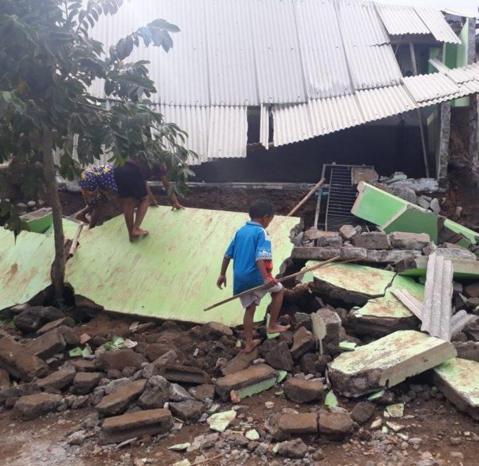 Efek Gempa Bali, Puluhan Bangunan di Banyuwangi Rusak