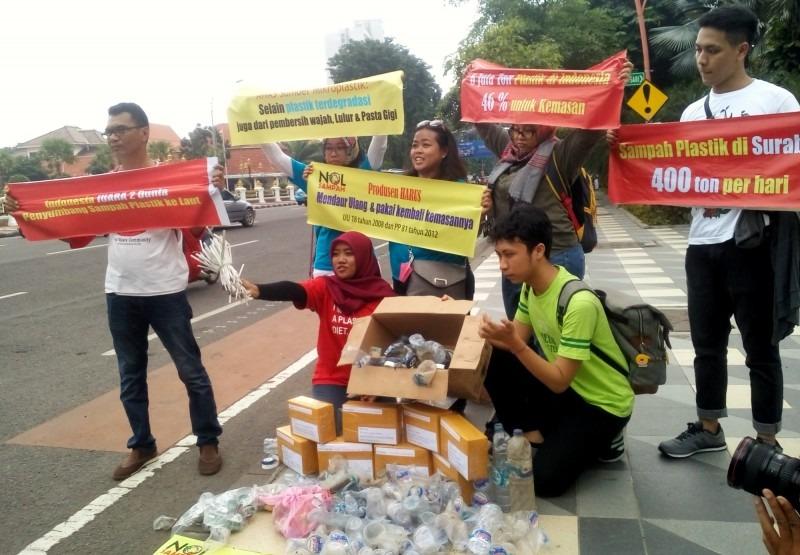Komunitas Nol Sampah Buat Surat Terbuka untuk Gubernur Jatim