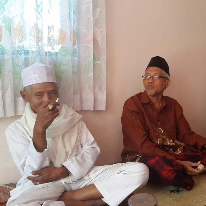 Sejarah Hidup Achmad Bajuri Kiai kampung asal Kencong, Jember