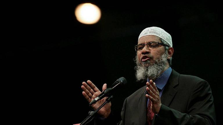 Pemerintah Malaysia Bahas Pembatalan Izin Tinggal Permanen Zakir Naik