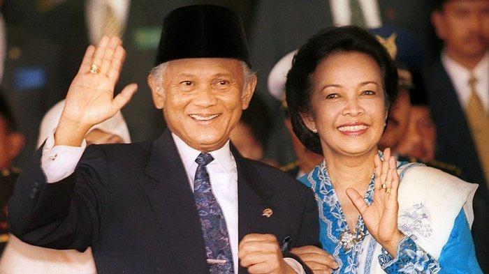Antara Habibie dan Jokowi
