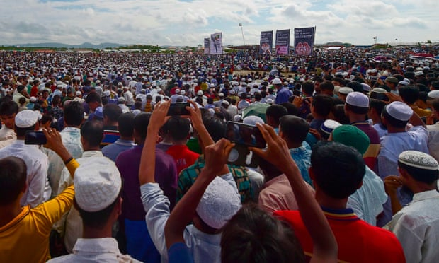 """Bangladesh """"Padamkan"""" Ponsel di Kamp-Kamp Pengungsi Rohingya"""