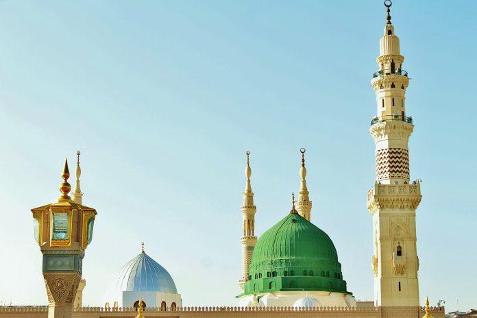 Mimbar Masjid Nabawi dan Suffah
