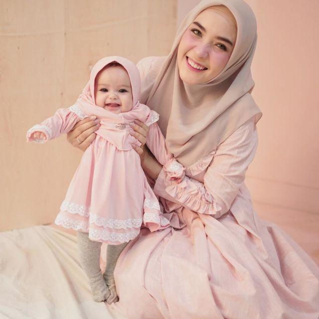 10 Ide Berhijab Kembaran Anak Dan Mama Suara Muslim