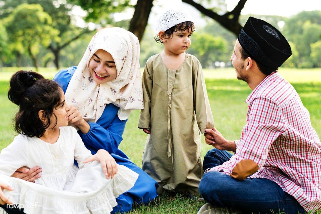 Harmoni Mengawal Nilai dalam Mengasuh Anak