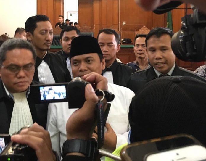 Resmi! Gus Nur Divonis 1,6 Tahun Penjara
