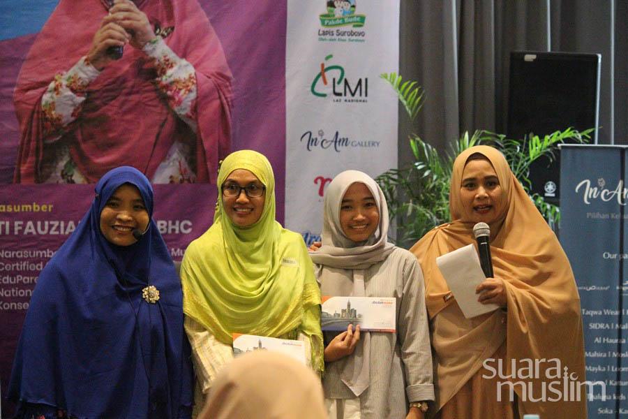 Workshop Parents as Coach Radio Suara Muslim Surabaya