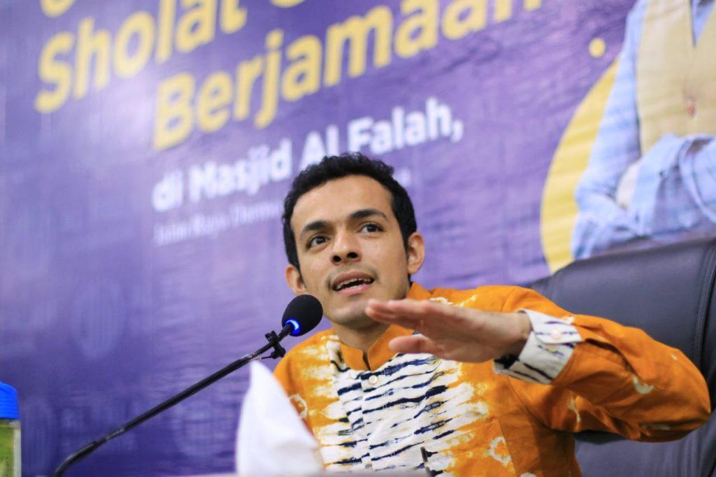 dr. Gamal Albinsaid dan Gerakan Subuh Berjamaah Masjid Al Falah Surabaya