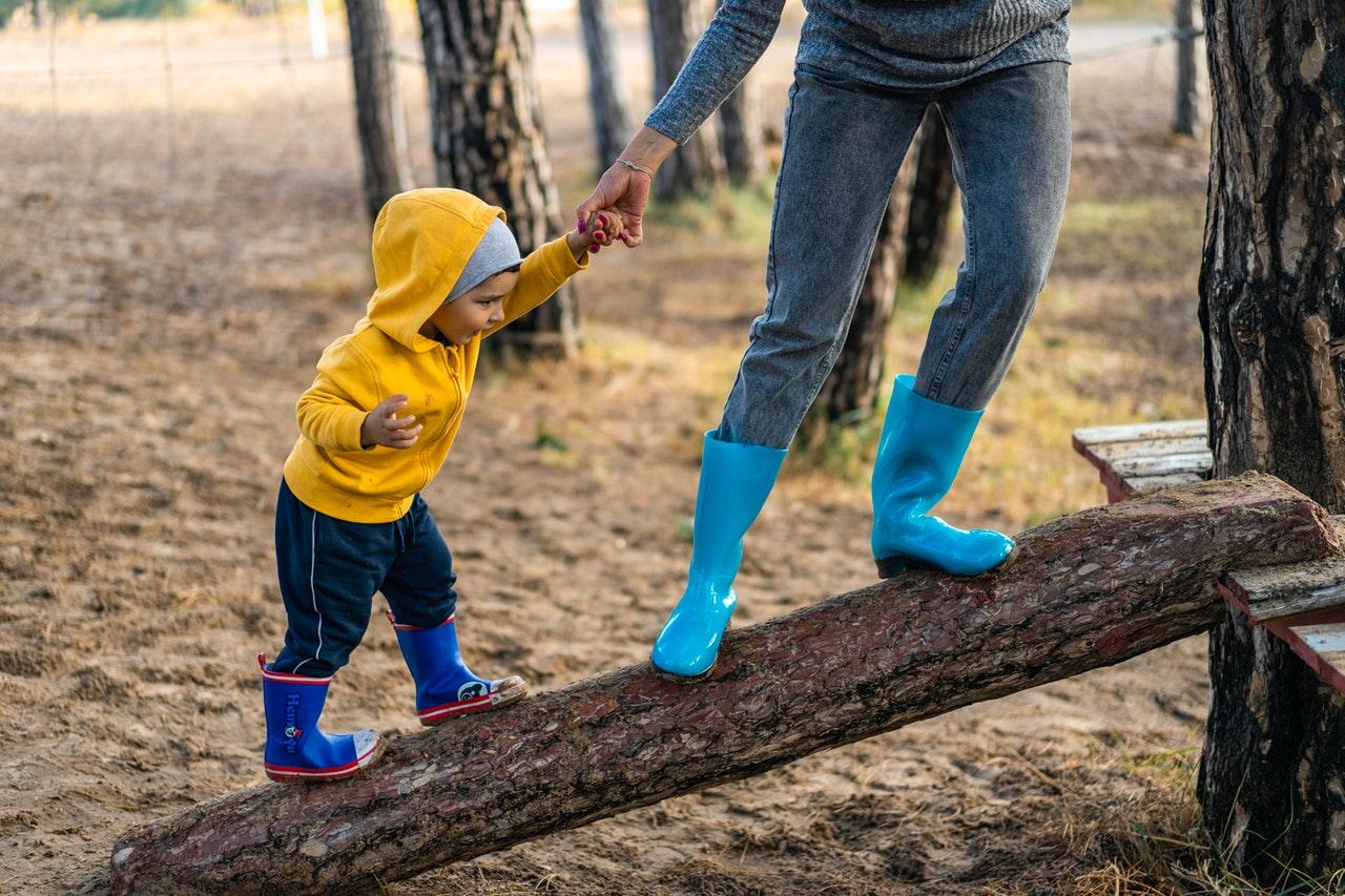 (Spesial Hari Ibu) Mozaik: Kuliah Online yang Bikin Saya Makin Bersyukur
