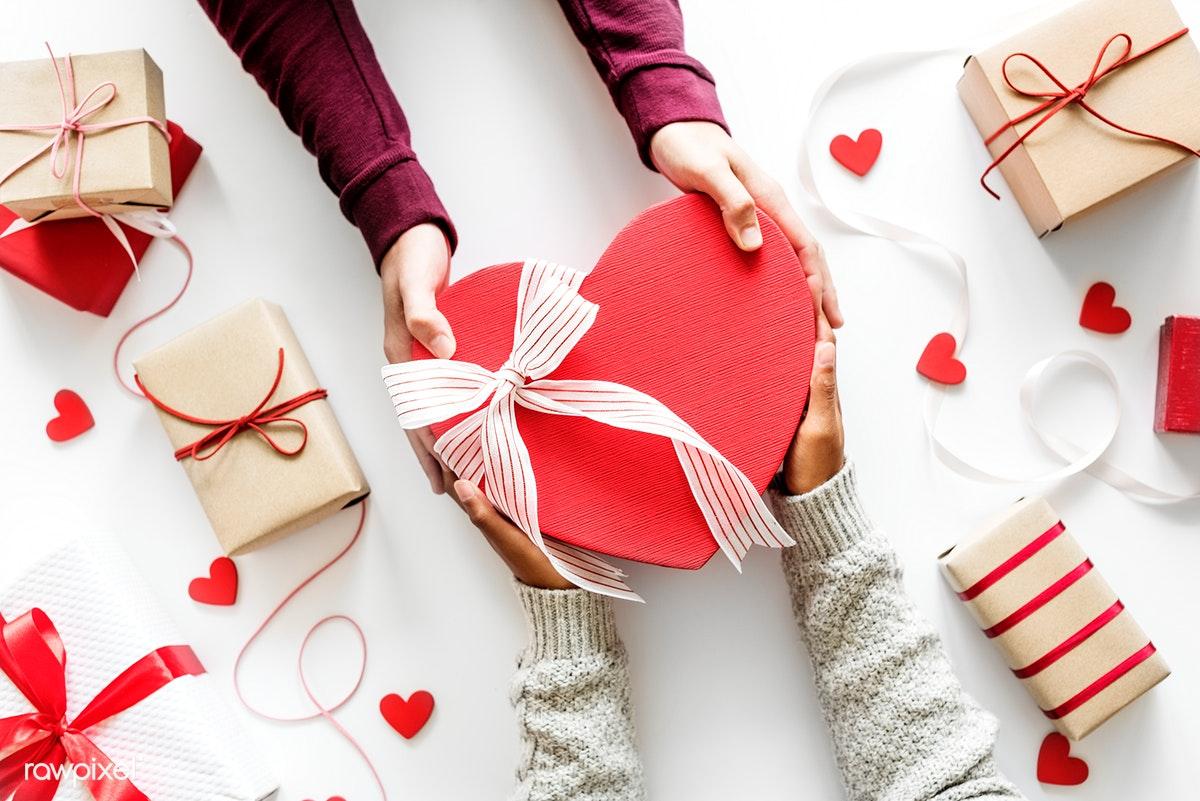 Hukum Merayakan Valentine bagi Orang Islam, MUI Jatim Haram!