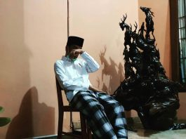 Ibunda Jokowi meninggal